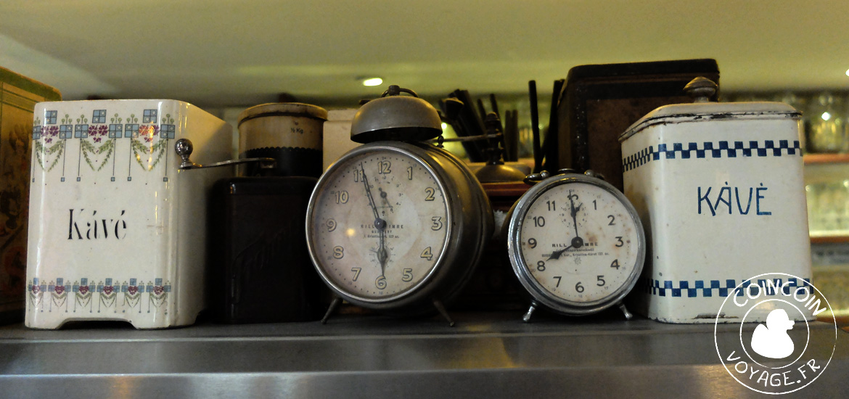 cseszenyi-kavezo-horloge-budapest