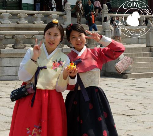 Palais-Gyeongbokgung-hanbok-costume-coréen