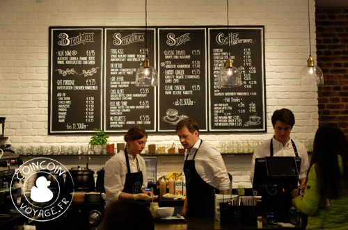 açai-munich-café-bite-delite-fünf-höfe