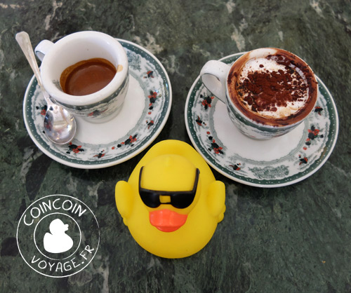 café-gambrinus-naples-ancien