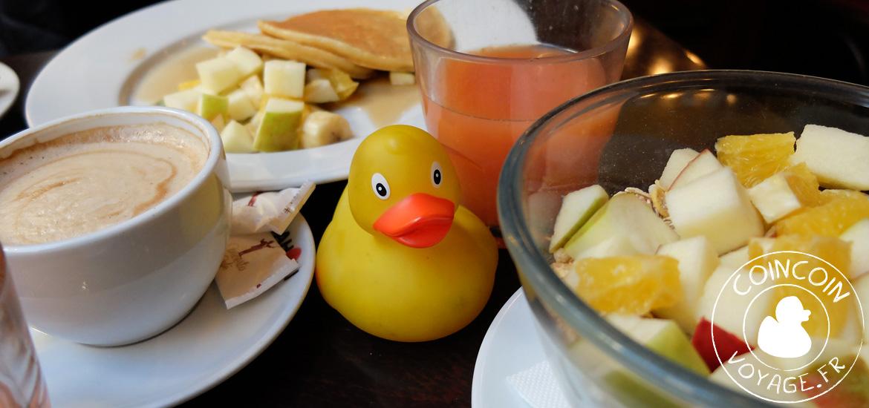 petit-déjeuner café spinoza budapest