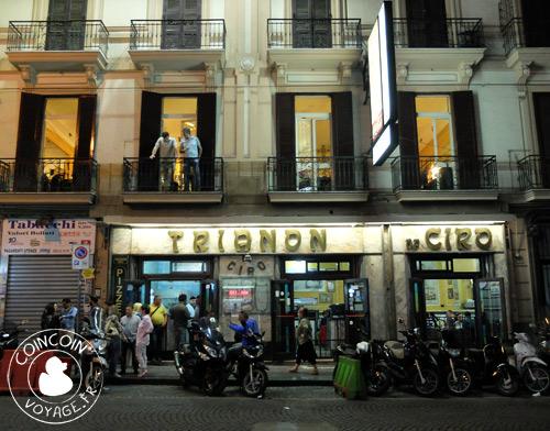 Pizzeria Trianon da Ciro de Naples