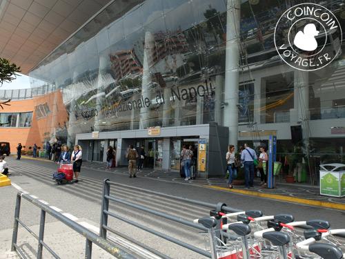 transavia aéroport naples italie